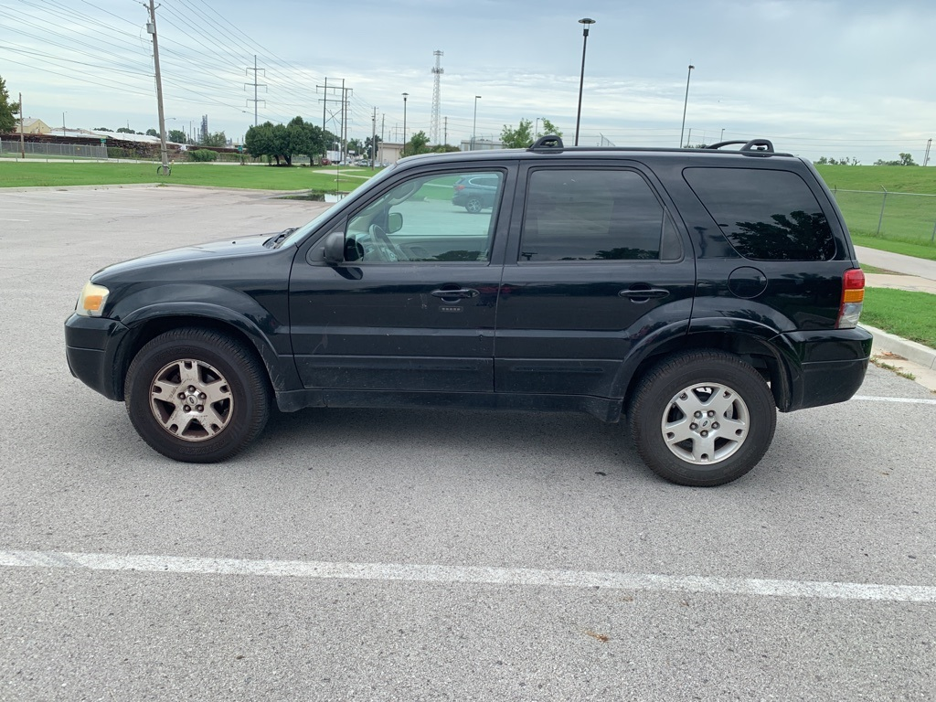 Pre-Owned 2007 Ford Escape Limited