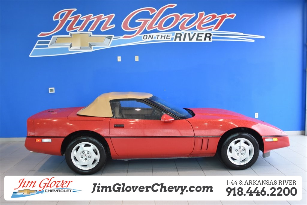 Pre-Owned 1988 Chevrolet Corvette Base