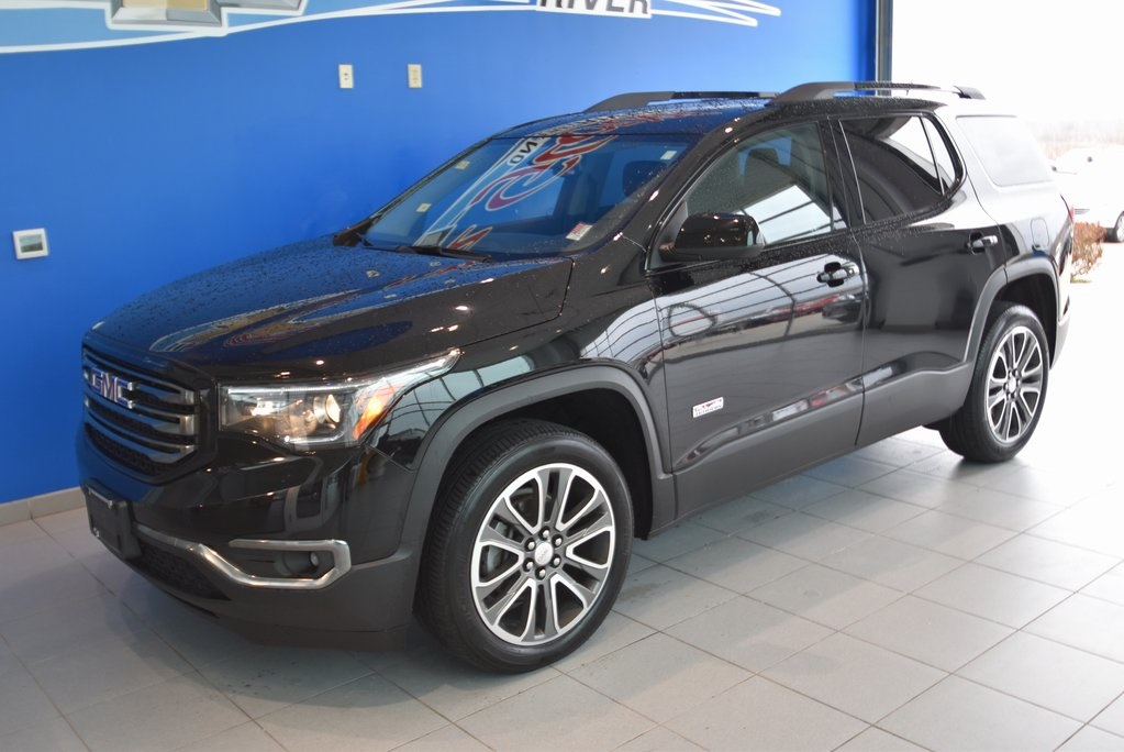 Pre-Owned 2017 GMC Acadia SLT 1