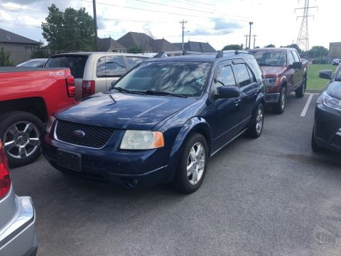 Pre-Owned 2005 Ford Freestyle Limited